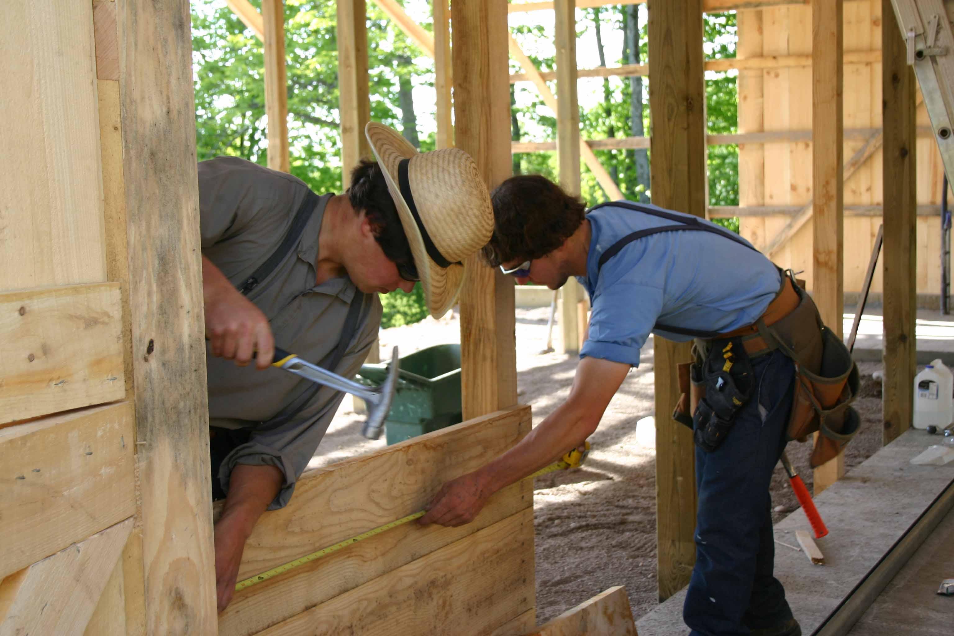 Barn raising oak hills alpacas for Amish barn construction